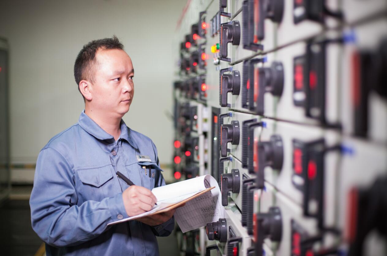 品质筑家,千亿国际网物业工程提升百日行动进行时